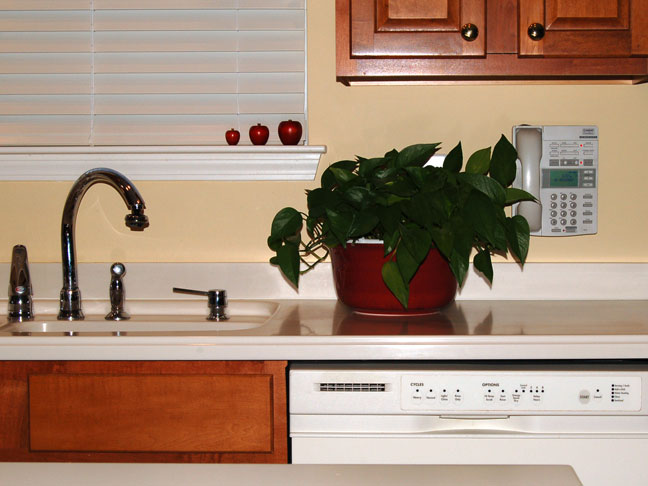 Countertop Materials Manufacturer : Solid Surface Countertops - Solid Surface Countertop Materials